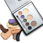 Jane Iredale - In the Blink of a Smokey Eye